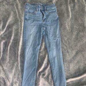 American eagle light wash denim jeans size 26💘